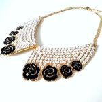 normal_pearl-flower-collar-necklace