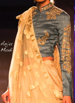Trend-6-Anti-freeze-blouse-1_2