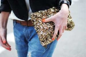 details, boyfriend jeans, sequin clutch, brown leather belt